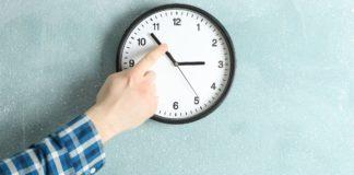 pote allazei i ora xeimerini 2020 time change clock